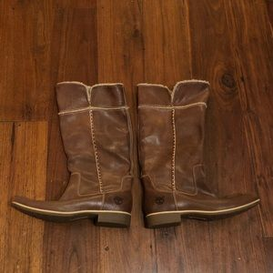 Women's Timberland leather boots sherpa lined 8.5